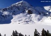 Муратов връх и едноименното езеро