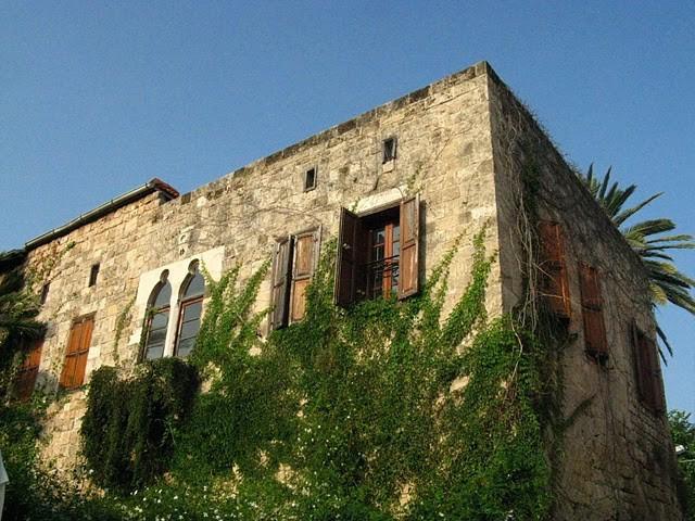 Къща по крайбрежието на Ливан