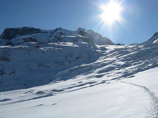 Ледникът по пътя към хижа Монте роза