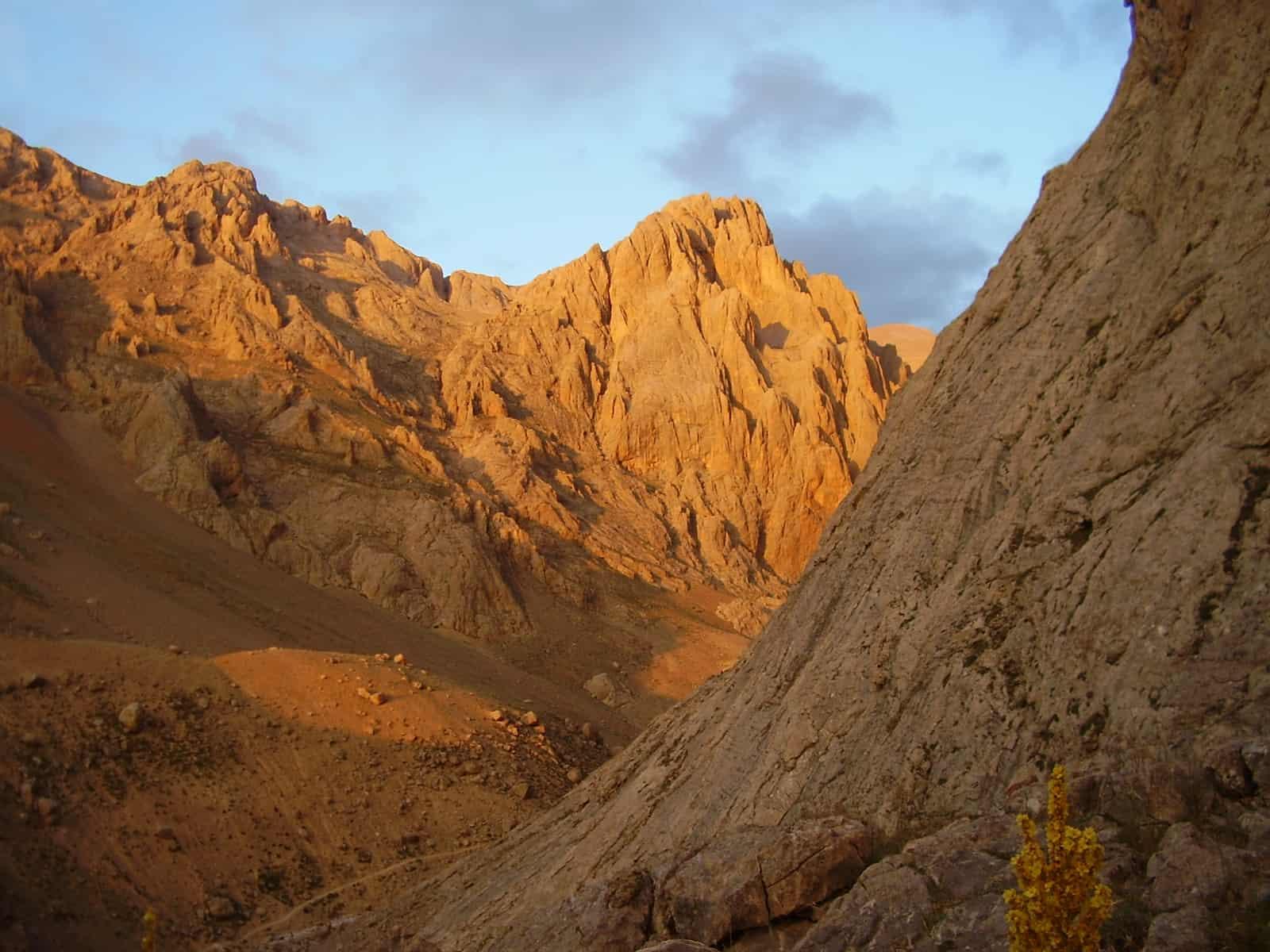 Планински преходи и изкачвания - нови предложения