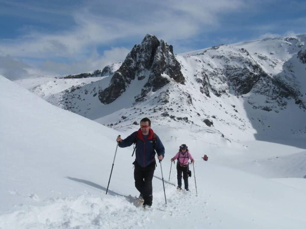 Преходи със снегоходки