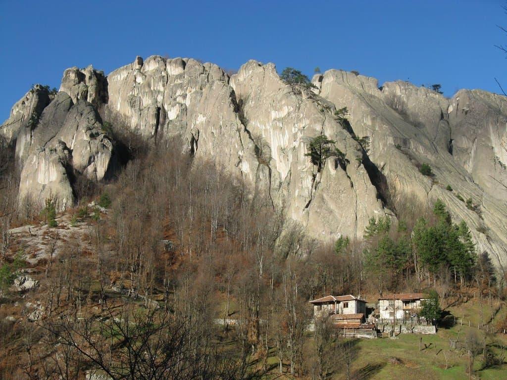 Хайдушки камък в Родопите