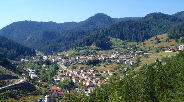 Trigrad Village