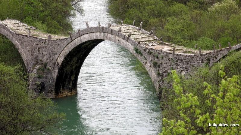 The bridge of Kipi Village