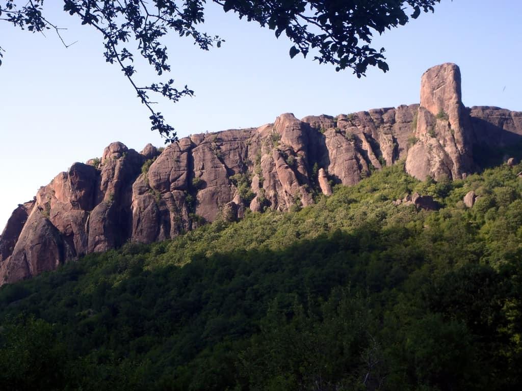 Komatinski Rocks