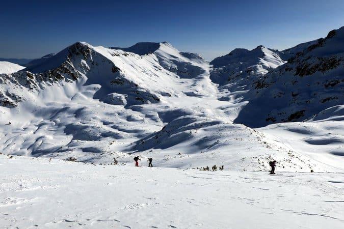 Skiing Polezan Peak