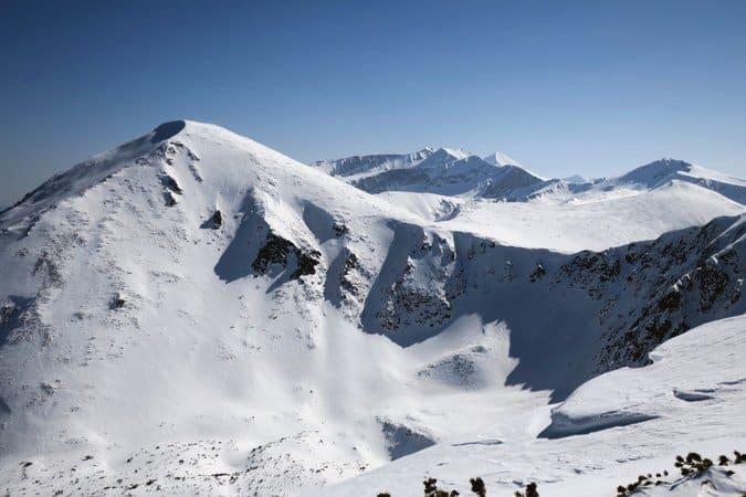 Ski touirng in Northern Pirin